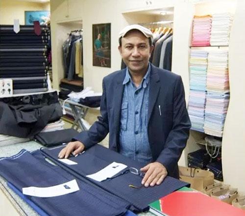 タイでは18年の実績を持つK2テイラー店主のアビドさん。日本語も流暢です