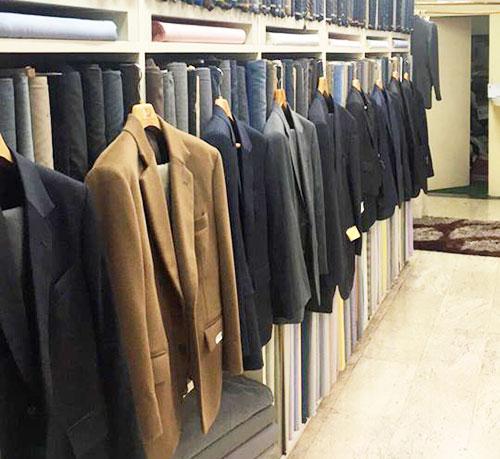 上質なカシミアスーツが店主のおすすめ。日本で仕立てるより、驚くほどリーズナブル