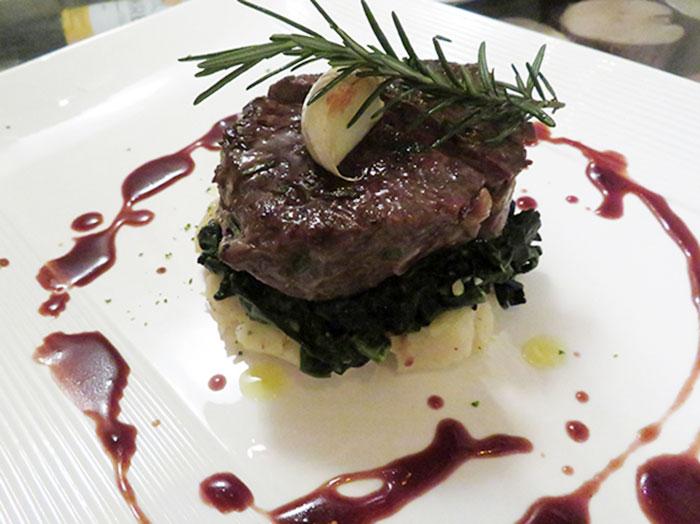 ワインと相性バツグンの肉料理
