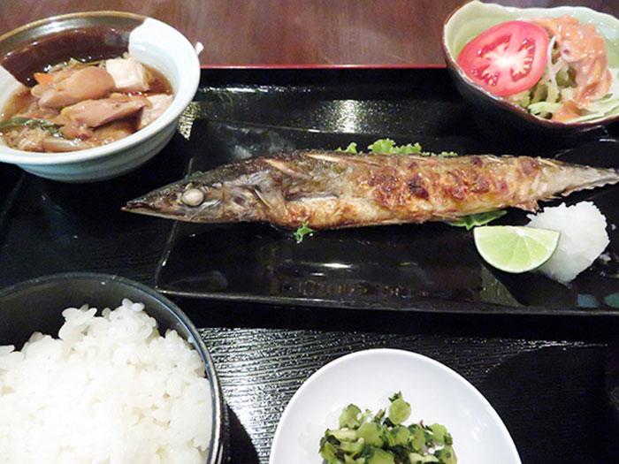 定食からお酒に合う料理と豊富な日本料理のメニュー