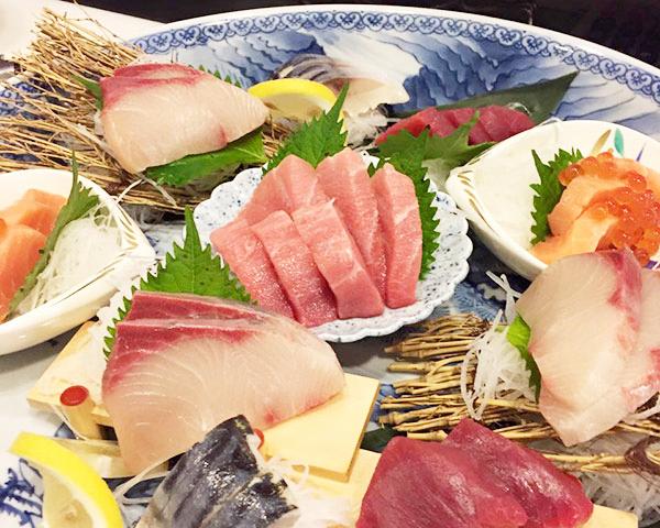 日本から直送の魚介も豊富