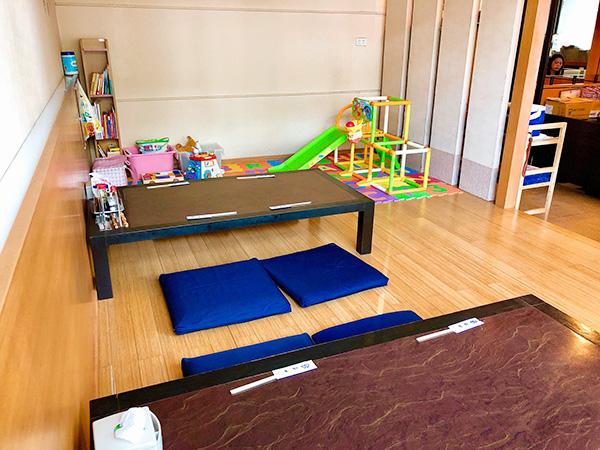 子どもが遊べるスペースのある小上がり